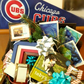 Chicago Cubs Gift Basket